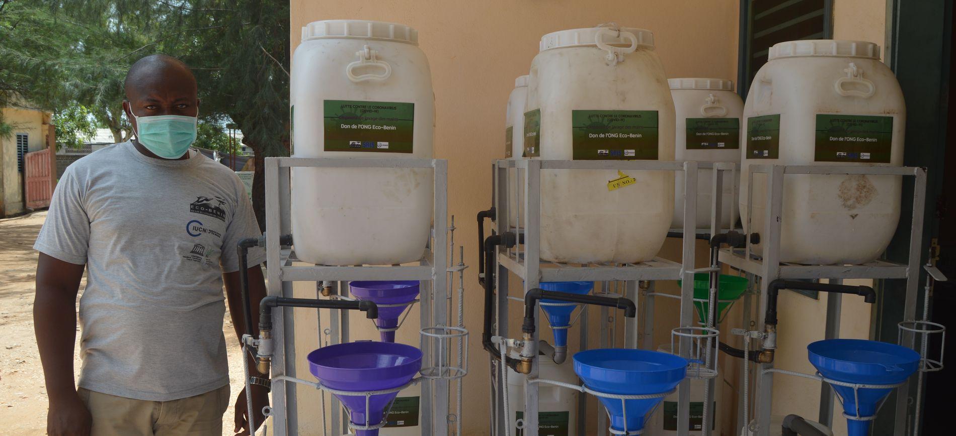 Covid-19 : Eco-Benin fait un don de dispositifs de lavage de mains aux communes du delta mono